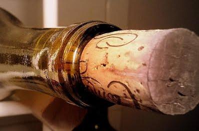 cork_in_bottle